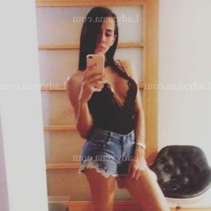 Alya escort massage à Brunstatt 68